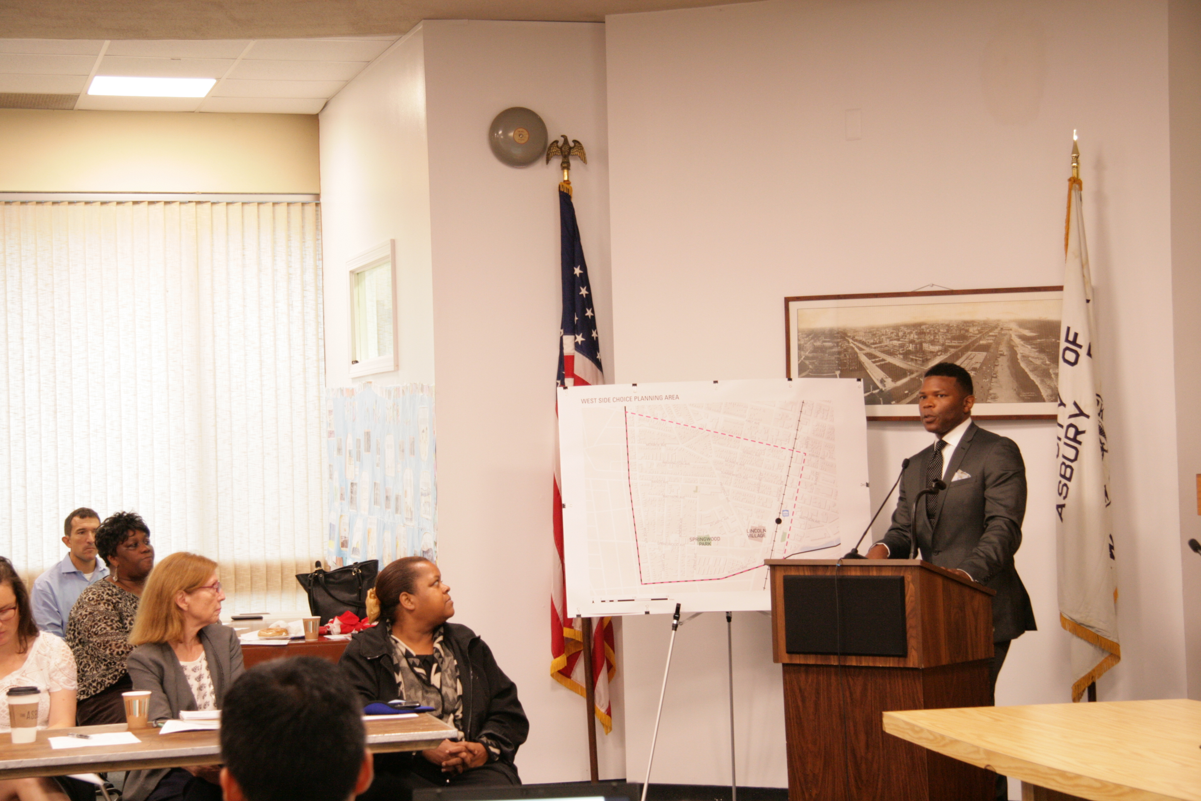 Tyrone Garrett, Executive Director Of The Asbury Park Housing Authority, Addresses The Crowd At The HUD Kick-Off Meeting In September 2016. Credit: WRT
